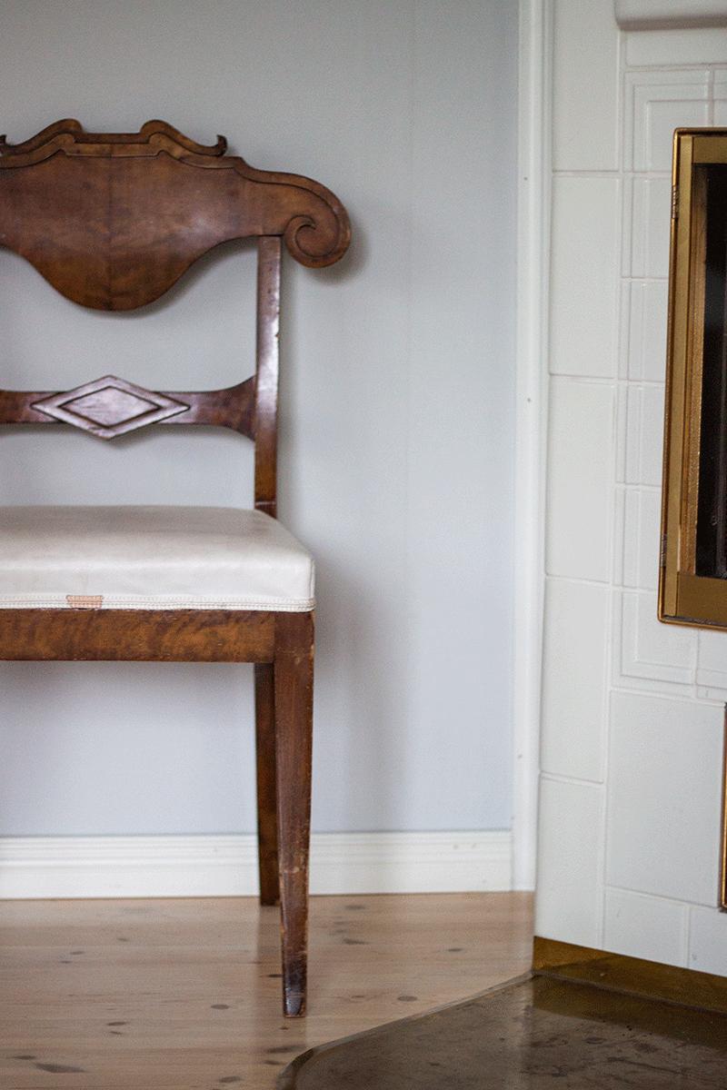 tuoli12