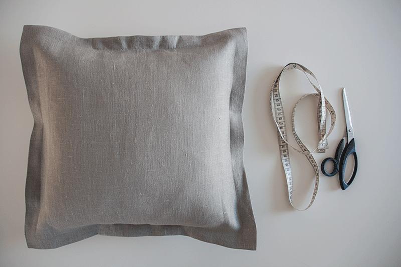 Helppo DIY – ompeluohje irroitettavaan tyynynpäälliseen