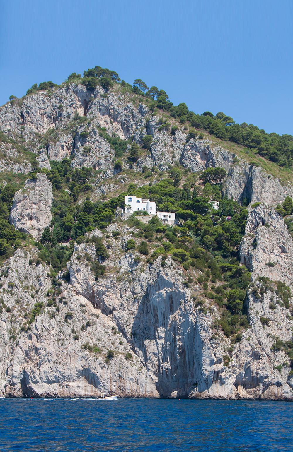 Capri – moni kakku päältä kaunis.