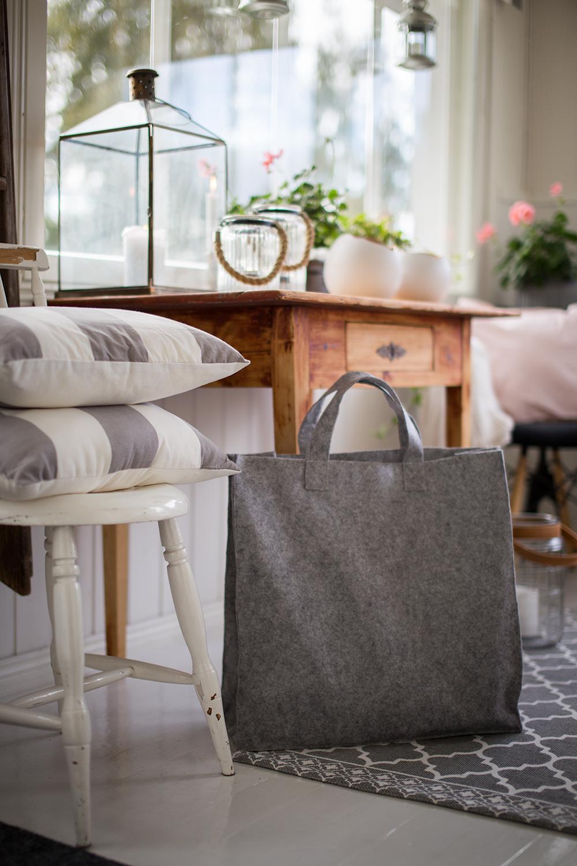Näin ompelet itse huopalaukun – helppo DIY